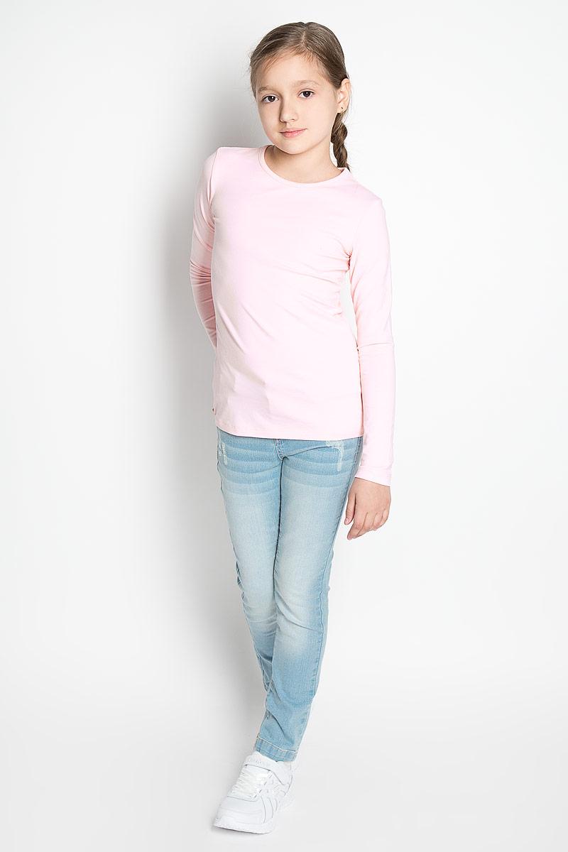Футболка с длинным рукавом354046Лонгслив для девочки Scool идеально подойдет юной моднице. Изделие выполнено из эластичного хлопка, мягкое и приятное на ощупь, не сковывает движения и позволяет коже дышать, не раздражает нежную и чувствительную кожу ребенка. Модель имеет круглый вырез горловины, оформленный мягкой бейкой. Лонгслив станет отличным дополнением к детскому гардеробу, ребенку в нем будет удобно и комфортно! В комплект входит два однотонных лонгслива разной расцветки.