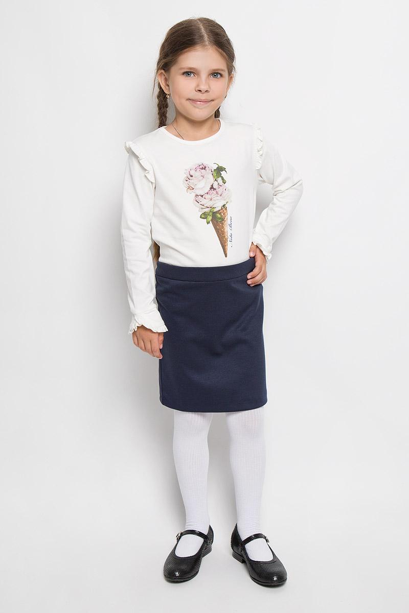WG5408-17Стильная футболка с длинным рукавом Nota Bene идеально подойдет вашей моднице. Изготовленная из эластичного хлопка, она мягкая и приятная на ощупь, не сковывает движения и позволяет коже дышать, не раздражает даже самую нежную и чувствительную кожу ребенка, обеспечивая наибольший комфорт. Футболка с длинными рукавами и круглым вырезом горловины оформлена оригинальным принтом, украшенным перламутровыми стразами. Рукава по верхнему краю украшены оборками, а также дополнены манжетами с оборками. Современный дизайн и модная расцветка делают эту футболку стильным предметом детского гардероба. В ней ваша принцесса будет чувствовать себя уютно и комфортно.