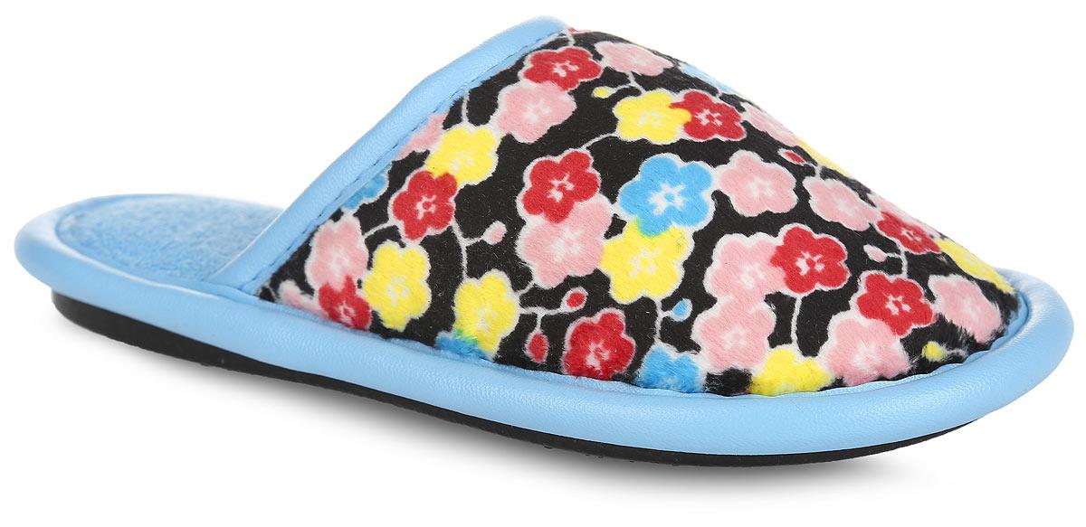 Тапки для девочки. BTK70018-97-44BBTK70018-97-44BЛегкие домашние тапки от Bris придутся по душе вашей девочке! Верх модели, выполненный из текстиля, оформлен цветочным принтом. Модель дополнена окантовкой из искусственной кожи. Эластичная резинка обеспечивает надежную фиксацию модели на ноге. Подкладка и стелька из мягкого текстиля не дадут ногам вашей девочки замерзнуть. Рифление на подошве обеспечивает идеальное сцепление с любой поверхностью. Чудесные тапки подарят чувство уюта и комфорта.