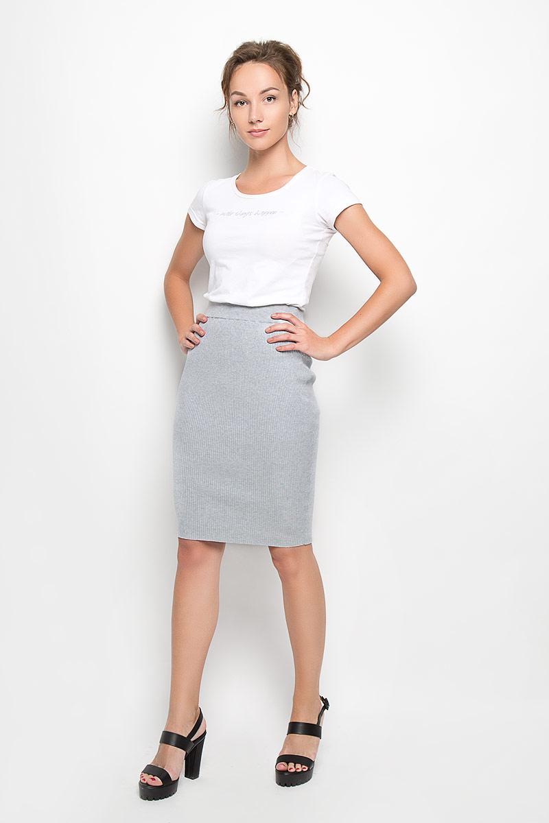 ЮбкаKA4592 Grey MarlСтильная трикотажная юбка Glamorous, изготовленная из высококачественных материалов, очень мягкая на ощупь, не сковывает движения, обеспечивая наибольший комфорт. Модная юбка-карандаш выгодно подчеркнет все достоинства вашей фигуры. Эта великолепная юбка станет отличным дополнением к вашему гардеробу!