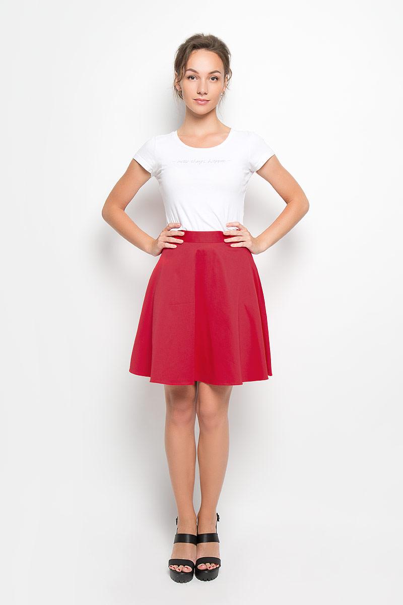 Юбка. 6717803/6710803/6706803/67168036717803 minЭлегантная юбка Yarmina изготовлена из мягкого хлопка с добавлением эластана. Модель средней длины на пришивном поясе застегивается на потайную застежку-молнию сзади. Классическая расклешенная юбка - актуальная и модная вещь женского гардероба. Она будет прекрасно смотреться с любыми топами и блузками. Эта стильная и в то же время комфортная юбка - отличный вариант на каждый день.