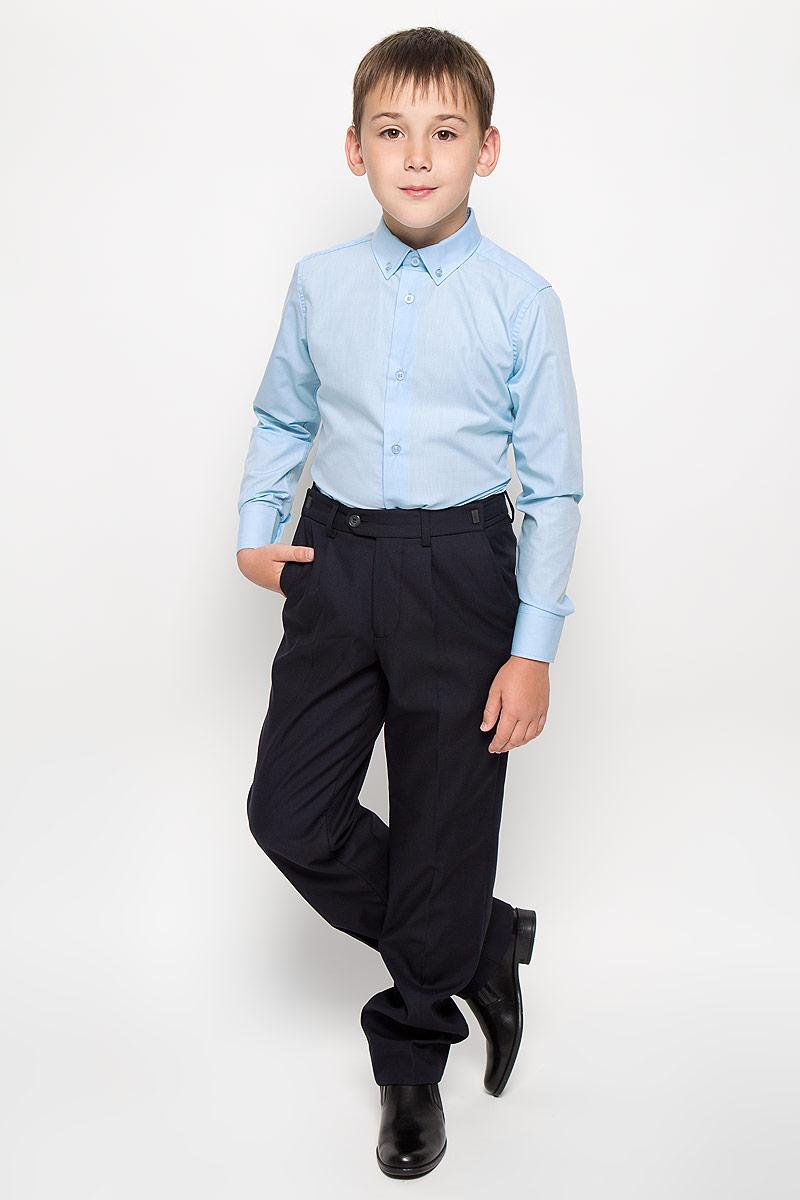64187_OLB, вар.1Стильная рубашка для мальчика Orby School с длинными рукавами идеально подойдет вашему ребенку. Изготовленная из полиэстера с добавлением хлопка, она мягкая и приятная на ощупь, не сковывает движения и позволяет коже дышать, не раздражает даже самую нежную и чувствительную кожу ребенка, обеспечивая ему наибольший комфорт. Рубашка классического кроя с отложным воротничком застегивается на пуговицы по всей длине. Рукава имеют широкие манжеты, также застегивающиеся на пуговицы. Низ изделия слегка закруглен. Оригинальный современный дизайн и модная расцветка делают эту рубашку стильным предметом детского гардероба. Ее можно носить как с джинсами, так и с классическими брюками.