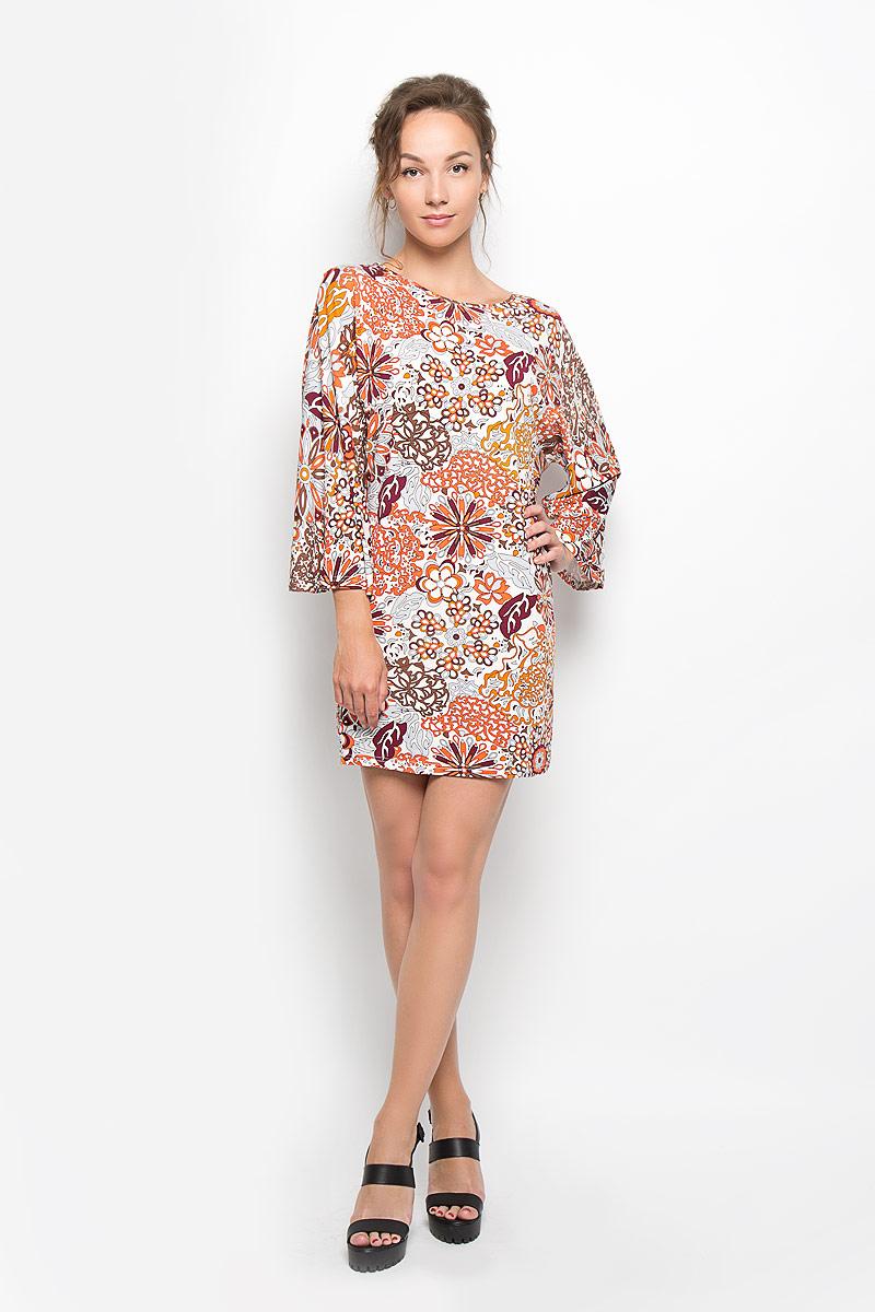 Платье. AN1937AN1937Яркое платье Glamorous, выполненное из плотного трикотажа, преподносит все достоинства женской фигуры в наиболее выгодном свете. Модель свободного кроя с круглым вырезом горловины и длинными рукавами на спинке застегивается на металлическую застежку-молнию. Платье оформлено ярким абстрактным принтом. Благодаря свойствам используемого материала, изделие практически не сминается. Это стильное платье станет отличным дополнением к вашему гардеробу!