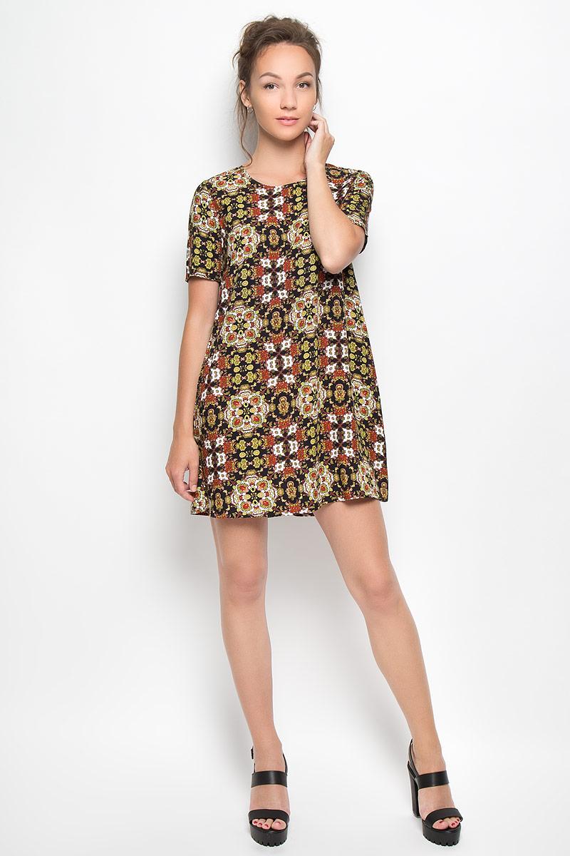 ПлатьеKA3076_Blk Mustard Blue FolkРомантичное платье Glamorous, выполненное из высококачественной вискозы, преподносит все достоинства женской фигуры в наиболее выгодном свете. Модель свободного кроя с круглым вырезом горловины и короткими рукавами оформлена ярким принтом. Это стильное платье станет отличным дополнением к вашему гардеробу!