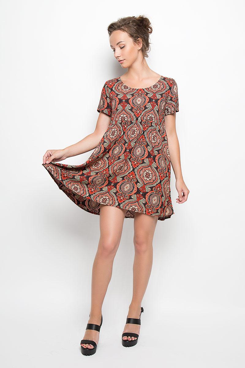 JL4823 BLK/RUST FOLK PRINTРомантичное платье Glamorous, выполненное из высококачественной вискозы, преподносит все достоинства женской фигуры в наиболее выгодном свете. Модель свободного кроя с круглым вырезом горловины и короткими рукавами оформлена ярким цветочным принтом. Это стильное платье станет отличным дополнением к вашему гардеробу!
