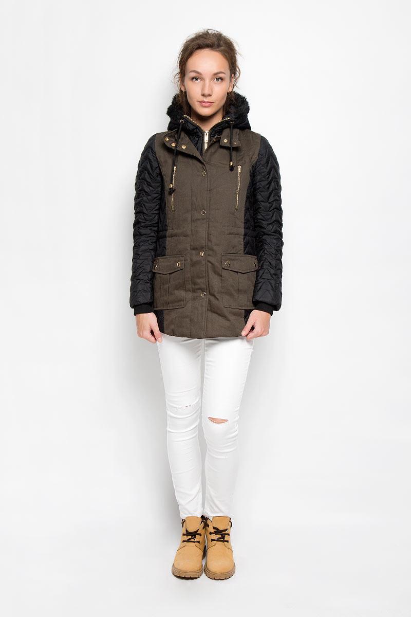 Куртка женская. AN1809AN1809_KHAKI/BLKСтильная куртка Glamorous отлично согреет вас в прохладную погоду. Модель слегка приталенного кроя выполнена из хлопка на подкладке из полиэстера. В качестве утеплителя используется синтепон. Куртка с воротником-стойкой и капюшоном застегивается на металлическую молнию с ветрозащитной планкой на кнопках. Капюшон не отстегивается, по краю дополнен скрытым шнурком, а также декорирован опушкой из искусственного меха. На рукавах предусмотрены широкие трикотажные манжеты. Спереди изделия имеются два прорезных кармана на молнии и два накладных кармана с клапанами на кнопках. Объем талии можно регулировать с помощью скрытого шнурка. Эта теплая и модная куртка станет идеальным дополнением к вашему гардеробу!