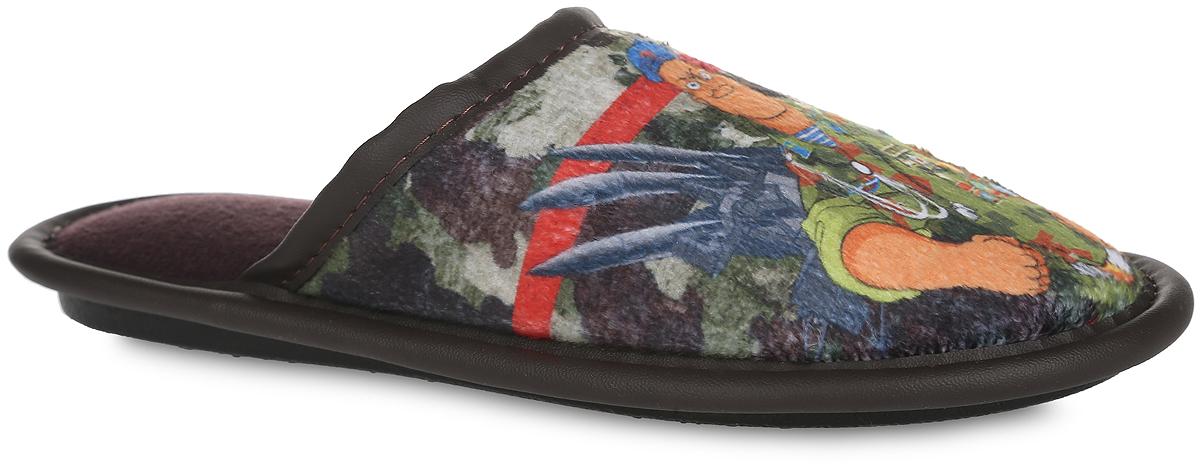 Тапки для мальчика. BTK70801-03 FBTK70801-03 FЛегкие домашние тапки от Bris придутся по душе вашему мальчику! Верх модели, выполненный из текстиля, оформлен оригинальным принтом. Модель дополнена окантовкой из искусственной кожи. Подкладка и стелька из мягкого текстиля не дадут ногам вашей девочки замерзнуть. Рифление на подошве обеспечивает идеальное сцепление с любой поверхностью. Чудесные тапки подарят чувство уюта и комфорта.