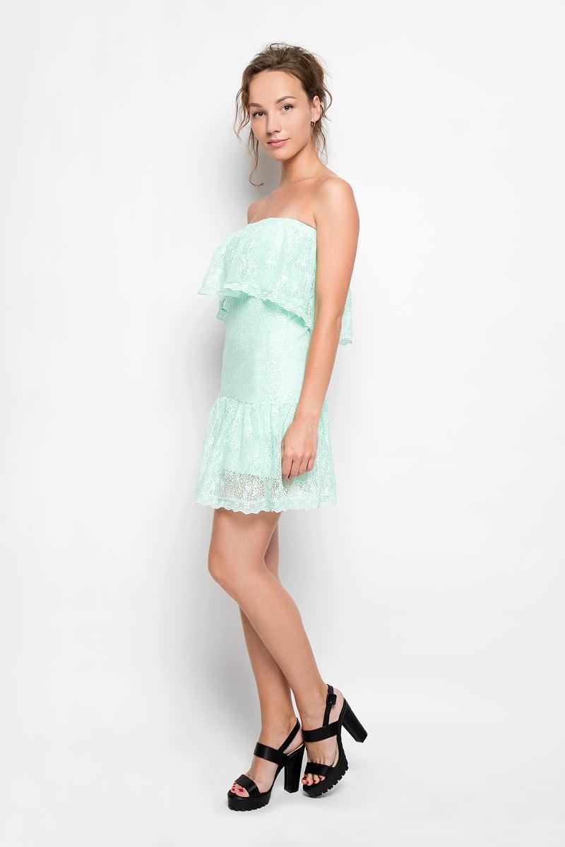 Платье. 4564845648Элегантное платье Relax Mode выполнено из 100% вискозы. Такое платье обеспечит вам комфорт и удобство при носке и непременно вызовет восхищение у окружающих. Модель-мини без рукавов выгодно подчеркнет все достоинства вашей фигуры. Изделие дополнено эластичной резинкой по верху, благодаря чему надежно фиксируется и прекрасно сидит. Платье выполнено из ажурного кружевного материала и имеет непрозрачную подкладку. Изысканное платье-мини создаст обворожительный и неповторимый образ. Это модное и удобное платье станет превосходным дополнением к вашему гардеробу, оно подарит вам удобство и поможет подчеркнуть ваш вкус и неповторимый стиль.