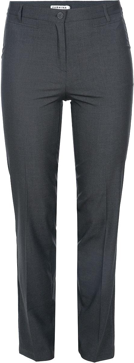 Брюки женские. 40523544052354Стильные женские брюки Yarmina, выполненные из материала высочайшего качества, отлично подойдут на каждый день. Модель стандартной посадки и прямого кроя застегивается на ширинку на застежке-молнии, а также пуговицу на поясе, и имеет шлевки для ремня. Брюки декорированы имитацией прорезных карманов спереди. Эти модные и в тоже время комфортные брюки послужат отличным дополнением к вашему гардеробу. В них вы всегда будете чувствовать себя уютно и уверенно.