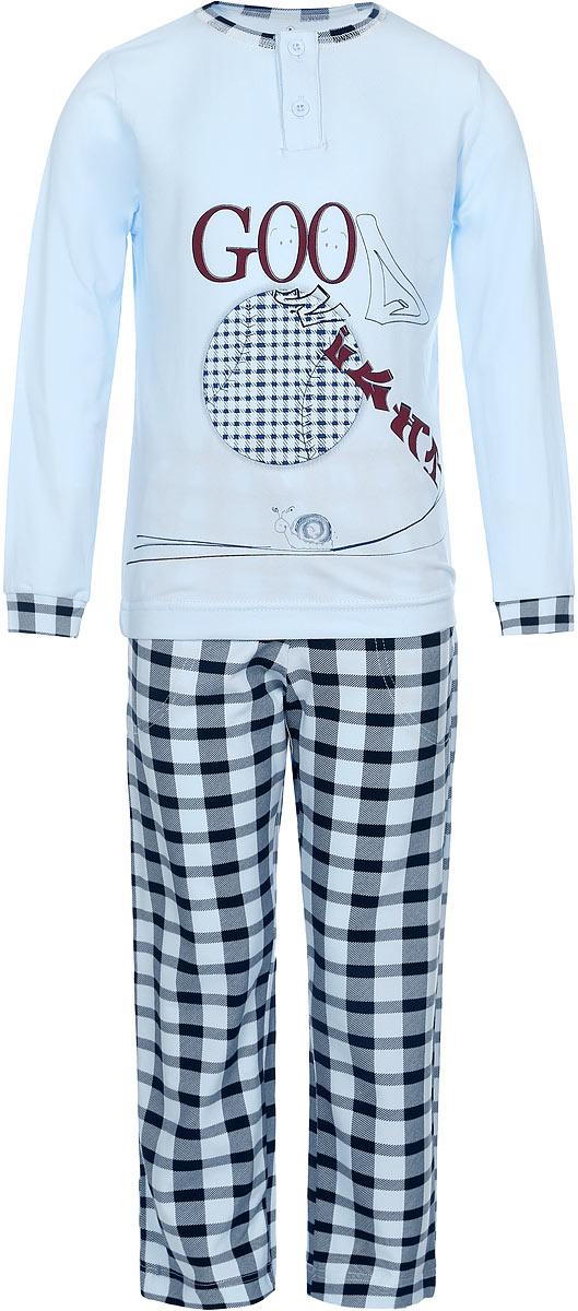 ПижамаN9076229-22/N9076229B-22Пижама для мальчика Baykar, выполненная из эластичного хлопка, идеально подойдет ребенку для отдыха и сна. Материал изделия мягкий, тактильно приятный, не сковывает движения, хорошо пропускает воздух. Пижама состоит из футболки с длинным рукавом и брюк. Футболка с длинными рукавами и круглым вырезом горловины застегивается спереди на две пуговицы. Вырез горловины оформлен эластичной бейкой. На рукавах предусмотрены широкие манжеты. Украшена модель оригинальным принтом. Брюки прямого кроя имеют на талии мягкую резинку, благодаря чему они не сдавливают живот ребенка и не сползают. Спереди модель дополнена двумя втачными карманами. Изделие оформлено принтом в клетку. Высокое качество исполнения и дизайн принесут удовольствие от покупки и подарят отличное настроение!