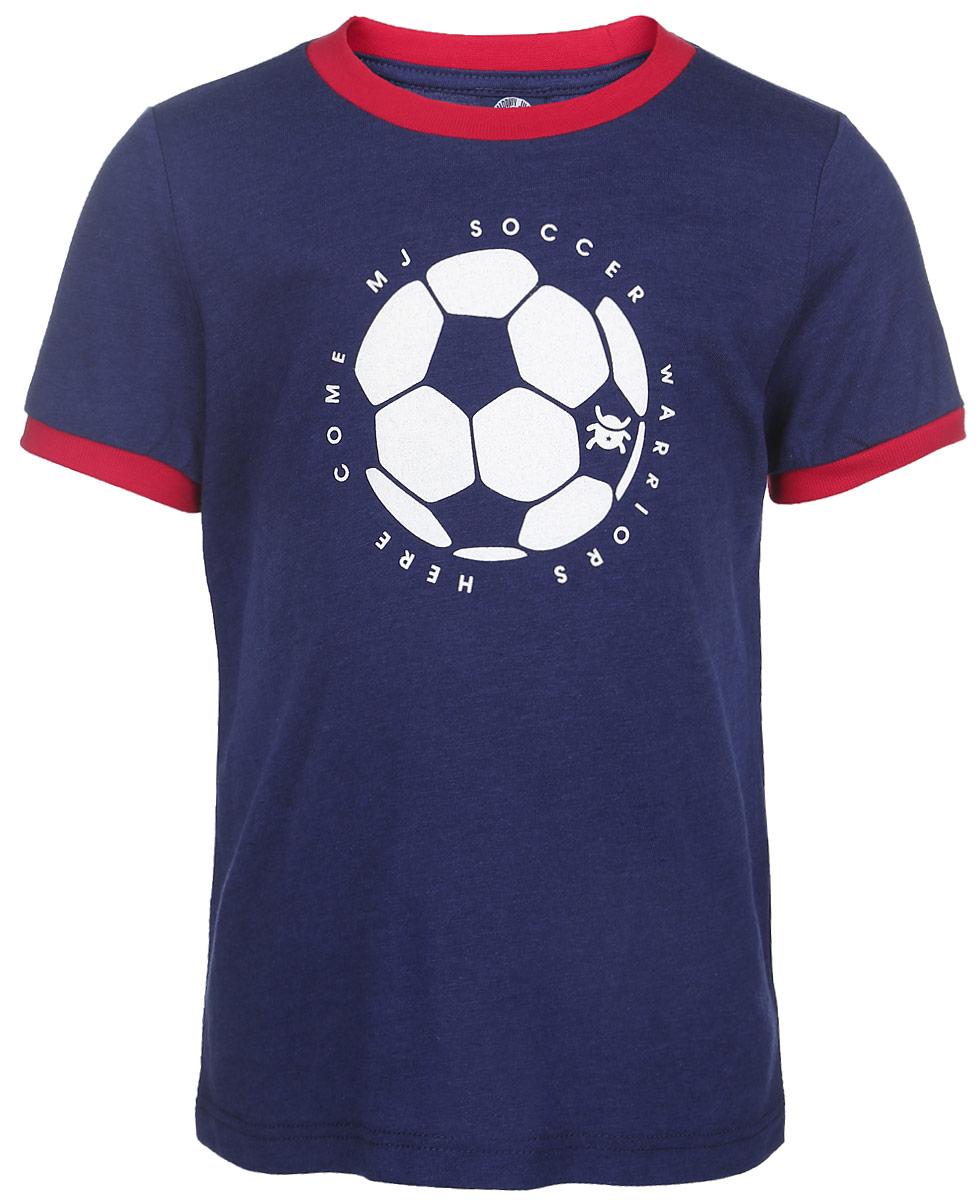 Футболка для мальчика Soccer Ball. 01B0008010001B00080100Футболка для мальчика Modniy Juk Soccer Ball идеально подойдет вашему непоседе. Изготовленная из легкой высококачественной хлопковой ткани, она необычайно мягкая и приятная на ощупь, не сковывает движения и позволяет коже дышать, не раздражает даже самую нежную и чувствительную кожу ребенка, обеспечивая ему наибольший комфорт. Футболка с короткими рукавами и круглым вырезом горловины оформлена термоаппликацией с изображением футбольного мяча и принтовыми надписями на английском языке. Вырез горловины и рукава дополнены контрастными трикотажными эластичными резинками. Оригинальный современный дизайн и расцветка делают эту футболку модным и стильным предметом детского гардероба. В ней ваш ребенок будет чувствовать себя уютно и комфортно и всегда будет в центре внимания!