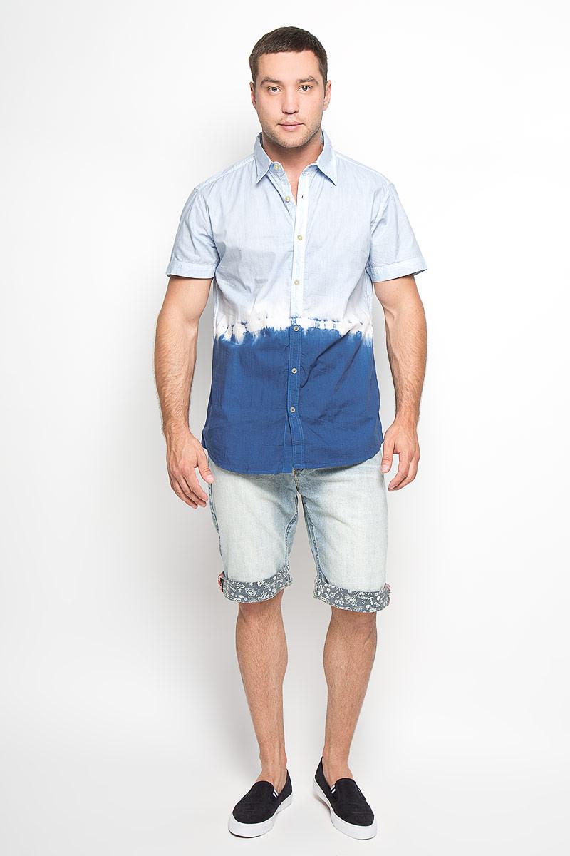 Рубашка мужская. 1015151610151516 524Стильная мужская рубашка Broadway, изготовленная из натурального хлопка, необычайно мягкая и приятная на ощупь, не сковывает движения и позволяет коже дышать, обеспечивая наибольший комфорт. Модель с отложным воротником, короткими рукавами и полукруглым низом застегивается на пластиковые пуговицы. Верх и низ рубашки выполнены в контрастных цветах. Эта рубашка идеальный вариант для повседневного, летнего гардероба. Такая модель порадует настоящих ценителей комфорта и практичности!