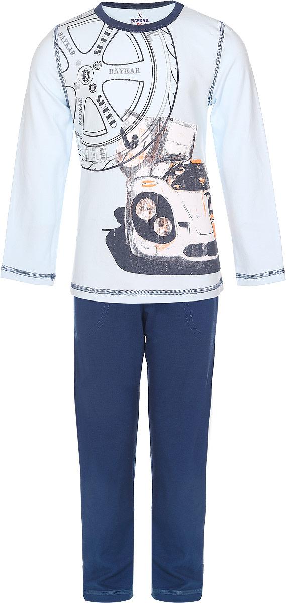 ПижамаN9087217-22/N9087217B-22Пижама для мальчика Baykar выполнена из эластичного хлопка. Материал изделия мягкий, тактильно приятный, не сковывает движения, хорошо пропускает воздух. Плоские эластичные швы обеспечат удобство и комфорт. Пижама состоит из футболки с длинным рукавом и брюк. Футболка с длинными рукавами имеет круглый вырез горловины, дополненный трикотажной резинкой. Изделие оформлено крупной термоаппликацией в виде автомобиля, а также принтом с надписями. Брюки прямого кроя имеют на талии мягкую резинку, благодаря чему они не сдавливают живот ребенка и не сползают. Спереди модель дополнена двумя втачными карманами. В такой пижаме ребенок будет чувствовать себя уютно и комфортно во время сна и отдыха!