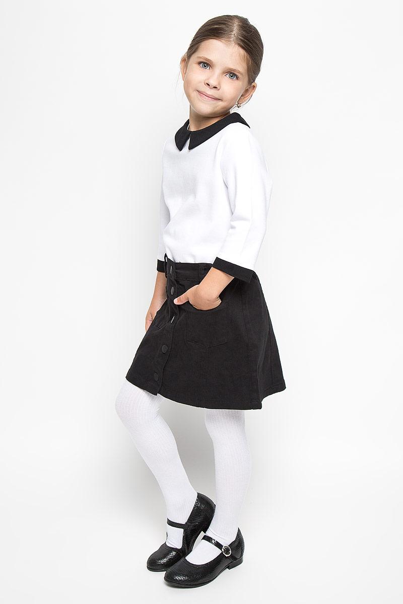 Джемпер64169_OLG_вариант 1Джемпер для девочки Orby School, выполненный из мягкой эластичной вискозы и полиэстера, станет стильным дополнением к школьному гардеробу. Он отлично сочетается как с юбками, так и с брюками. Материал изделия приятный на ощупь, не сковывает движения и хорошо пропускает воздух. Джемпер с отложным воротником и рукавами 3/4 застегивается сзади на пуговицу. Модель имеет слегка приталенный силуэт. На рукавах предусмотрены контрастные манжеты. Современный дизайн и высокое качество исполнения принесут удовольствие от покупки и подарят отличное настроение!