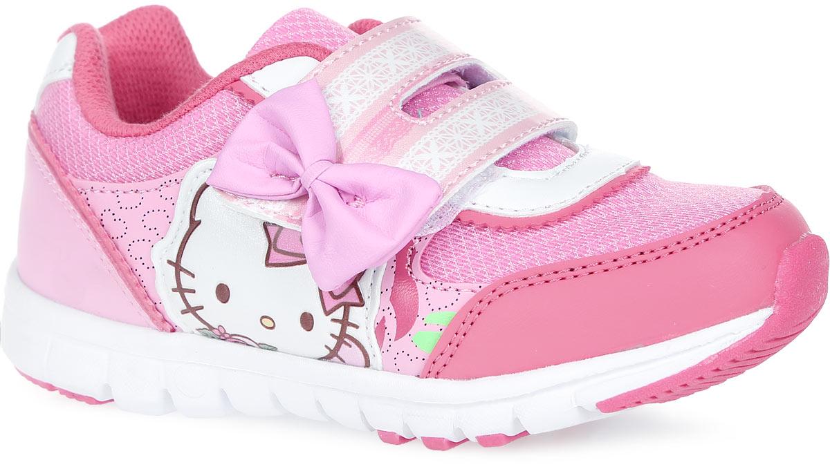 5898AПрелестные кроссовки Hello Kitty от Kakadu очаруют вашу малышку с первого взгляда! Модель выполнена из синтетической кожи со вставками из сетчатого текстиля. Ремешок украшен оригинальным орнаментом и бантиком. Боковая сторона оформлена аппликацией в виде милой кошечки и принтом с изображением сердечек. Ремешок с застежкой-липучкой и резинка на подъеме гарантируют оптимальную посадку кроссовок на ножке вашей дочурки. Подкладка выполнена из гипоаллергенного натурального хлопка - материала, который позволяет коже дышать и хорошо впитывает влагу. Амортизирующая стелька с антибактериальной пропиткой обладает высокой воздухопроницаемостью, прекрасно впитывает лишнюю влагу, нейтрализует неприятный запах и придает дополнительный комфорт при ходьбе. Подошва с протектором обеспечивает идеальное сцепление с любой поверхностью. Эффектные кроссовки приведут в восторг вашу маленькую модницу!