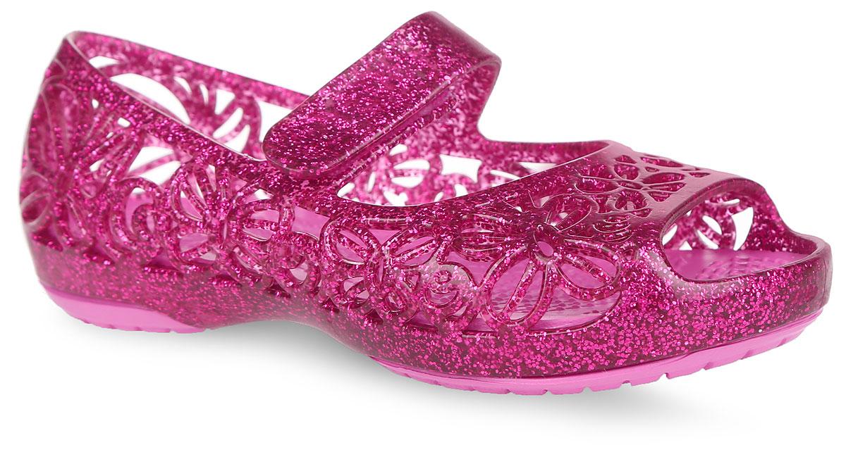 Сандалии для девочки Isabella Glitter Flat PS. 202602202602-0R2Прелестные сандалии Isabella Glitter Flat PS от Crocs очаруют вашу девочку с первого взгляда. Верх модели выполнен из термопластичного полиуретана с блестками и оформлен декоративной перфорацией. Перфорация обеспечивает естественную вентиляцию. Ремешок с застежкой- липучкой для надежной фиксации модели на ноге. Рельефная поверхность верхней части подошвы комфортна при движении. Рифленое основание подошвы гарантирует идеальное сцепление с любой поверхностью. Эффектные сандалии приведут в восторг вашу маленькую модницу!