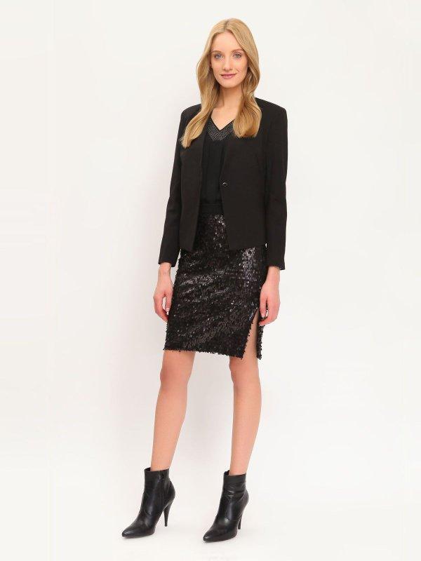 ЮбкаSSD0915CAЭффектная юбка Top Secret подчеркнет вашу женственность и неповторимый стиль. Оригинальная юбка выполнена из полиэстера, подкладка выполнена из мягкой, приятной на ощупь вискозы. Юбка оформлена множеством блестящих пайеток. Модная юбка-миди выгодно освежит и разнообразит ваш гардероб. Создайте женственный образ и подчеркните свою яркую индивидуальность! Классический фасон и оригинальное оформление этой юбки сделают ваш образ непревзойденным.