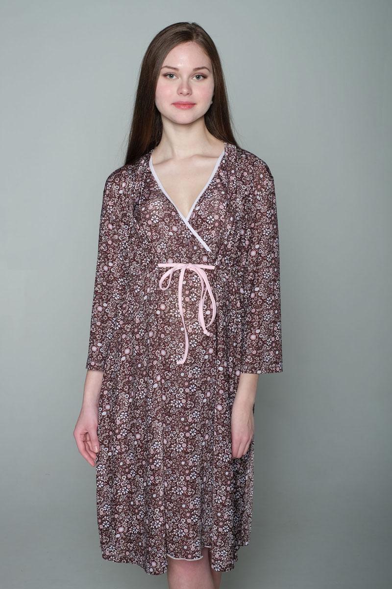 Домашний комплект1-К 06917Комплект, выполненный из эластичного трикотажного полотна, состоит из ночной сорочки и халата. Халат-пеньюар трапециевидного силуэта, рукав 3/4. Лиф сорочки на запах для удобства кормления малыша.