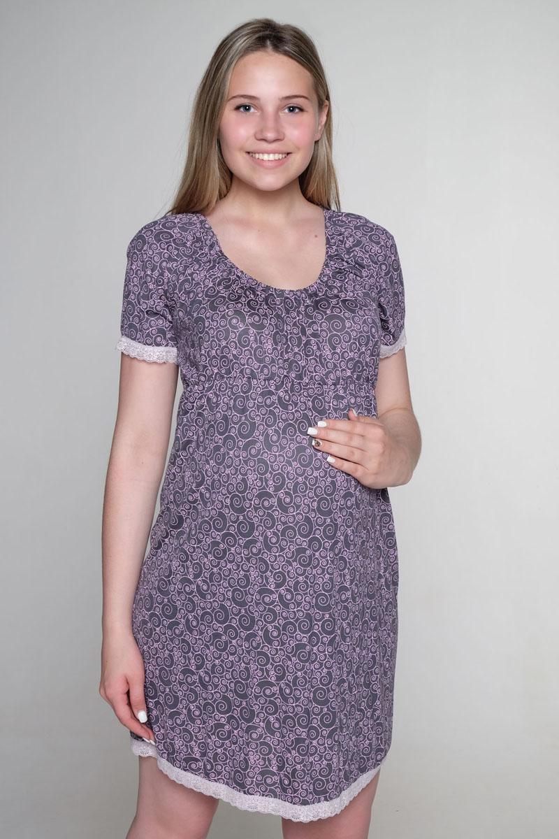 Ночная рубашкаП 04809Сорочка женская для беременных и кормящих выполнена из мягкого, комфортного трикотажного полотна. Под грудью сборка на эластичную тесьму. Декорирована кружевом.