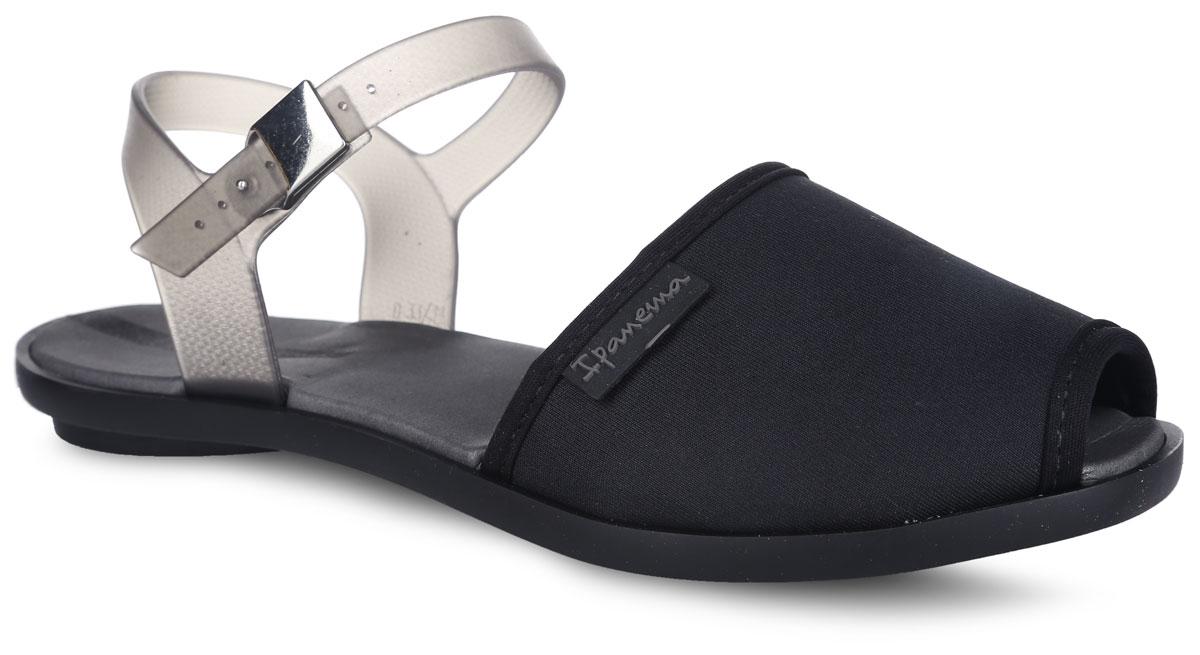 81841-90023Модные сандалии Neoprint Sand Fem от Ipanema не оставят равнодушной настоящую модницу. Модель изготовлена из текстиля и ПВХ (поливинилхлорида). Ремешки с металлической пряжкой надежно зафиксируют изделие на ноге. Мягкая стелька из материала EVA комфортна при движении. Рифление на подошве обеспечивает отличное сцепление с любой поверхностью. Удобные сандалии займут достойное место среди вашей летней обуви.