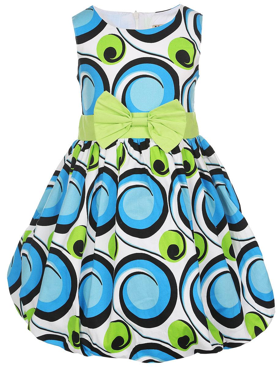 Платье для девочки. SSP1614-10SSP1614-10Платье для девочки M&D отлично дополнит образ юной модницы. Платье изготовлено из хлопка с добавлением эластана с подкладкой, оно легкое, приятное к телу, не сковывает движения и хорошо пропускает воздух, обеспечивая комфорт. Платье-баллон с круглым вырезом горловины и без рукавов застегивается сзади на скрытую молнию. От линии талии заложены складки, которые придают модели воздушность. Оформлено изделие ярким оригинальным принтом. Линия талии дополнена декоративным бантиком. Такое платье станет ярким и красивым дополнением к гардеробу, в нем ваша принцесса всегда будет в центре внимания!