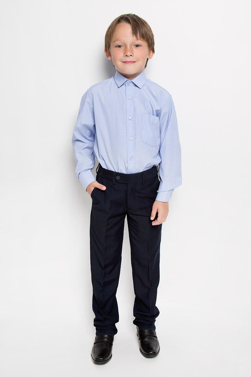 Рубашка для мальчика. Valencia 2Valencia 2Рубашка для мальчика Tsarevich отлично сочетается как с джинсами, так и с классическими брюками. Она выполнена из хлопка с добавлением полиэстера. Материал изделия мягкий и приятный на ощупь, не сковывает движения и обладает высокими дышащими свойствами. Рубашка прямого кроя с длинными рукавами и отложным воротником застегивается на пуговицы по всей длине. Манжеты рукавов также имеют застежки-пуговицы. На груди расположен накладной карман. Модель оформлена мелким вышитым рисунком. Такая рубашка станет стильным и модным дополнением к детскому гардеробу, в ней ребенку будет удобно и комфортно.