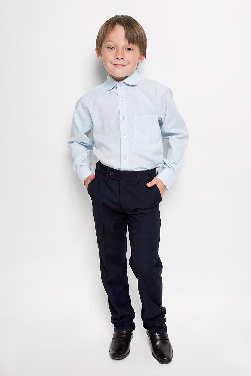 Graf 3/41Рубашка для мальчика Imperator выполнена из хлопка с добавлением полиэстера. Она отлично сочетается как с джинсами, так и с классическими брюками. Материал изделия мягкий и приятный на ощупь, не сковывает движения и обладает высокими дышащими свойствами. Рубашка прямого кроя с длинными рукавами и отложным воротником застегивается на пуговицы по всей длине. Манжеты рукавов также имеют застежки-пуговицы. На груди расположен накладной карман. Такая рубашка займет достойное место в детском гардеробе, в ней ребенку будет удобно и комфортно!