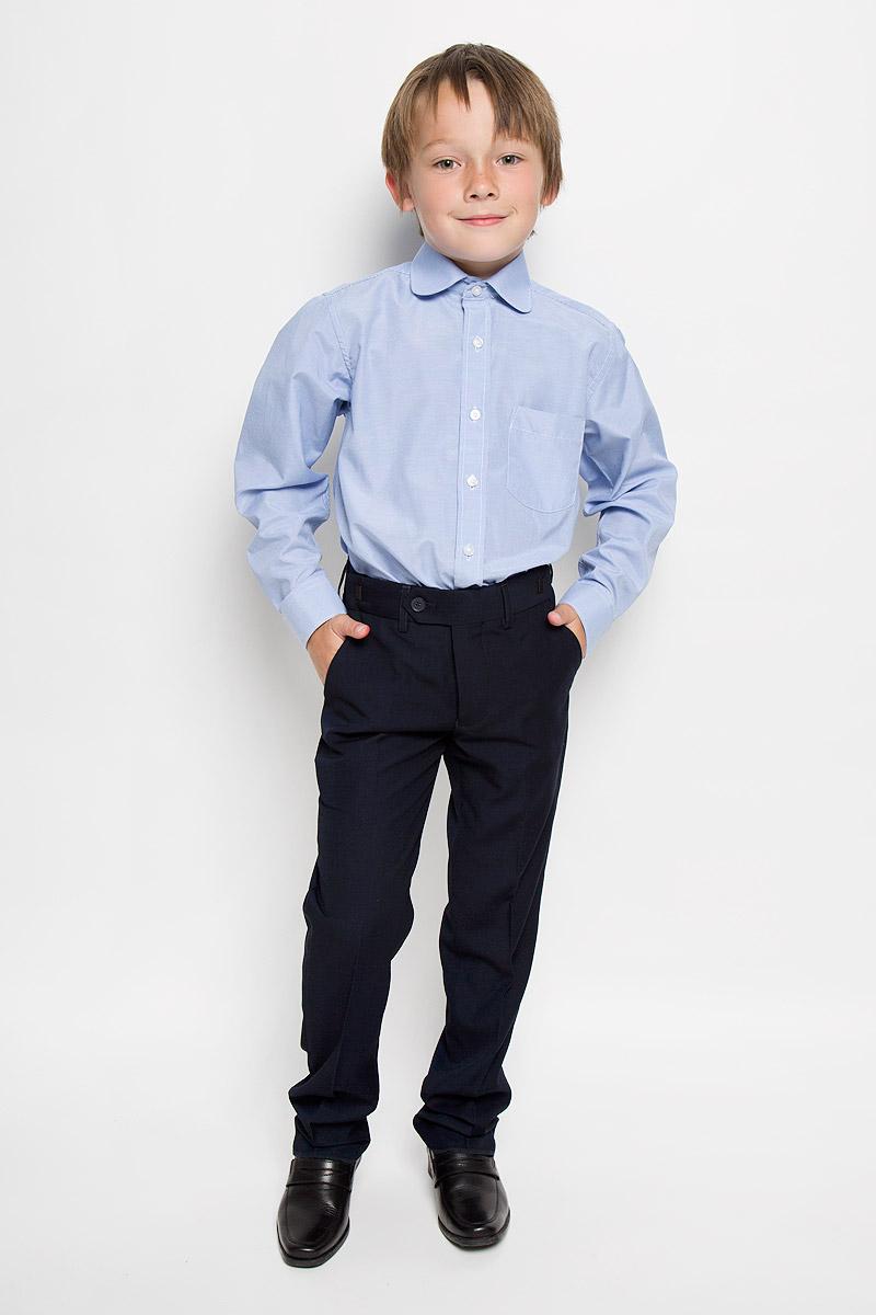 Graf 11/41Рубашка для мальчика Imperator выполнена из хлопка с добавлением полиэстера. Она отлично сочетается как с джинсами, так и с классическими брюками. Материал изделия мягкий и приятный на ощупь, не сковывает движения и обладает высокими дышащими свойствами. Рубашка прямого кроя с длинными рукавами и отложным воротником застегивается на пуговицы по всей длине. Манжеты рукавов также имеют застежки-пуговицы. На груди расположен накладной карман. Оформлена модель принтом в мелкую полоску. Современный дизайн и высокое качество исполнения принесут удовольствие от покупки и подарят отличное настроение!