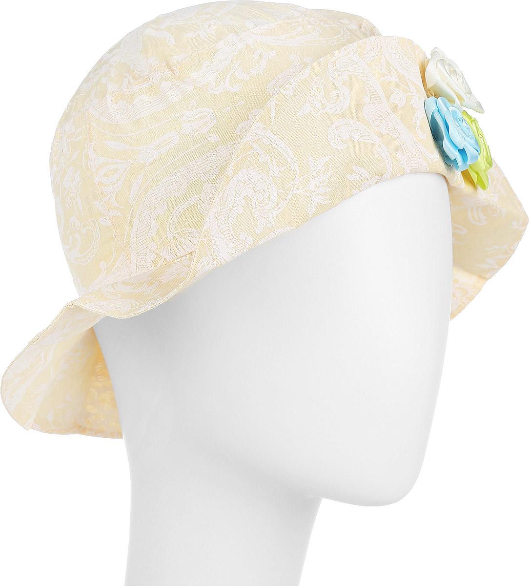 ПанамаDL772M-22Модная панама для девочки ПриКиндер, изготовленная из натурального хлопка, идеально подойдет вашей маленькой принцессе в теплое время года и защитит голову от палящего солнца. Панама с широкими полями оформлена цветочным принтом. Спереди модель дополнена декоративным пристроченным отворотом и украшена атласными розами. Сзади расположена эластичная резинка, обеспечивающая удобную посадку и надежную фиксацию панамы на голове ребенка. Такая панама станет оригинальным и стильным предметом детского гардероба, в ней ваша малышка всегда будет в центре внимания. Уважаемые клиенты! Размер, доступный для заказа, является обхватом головы.
