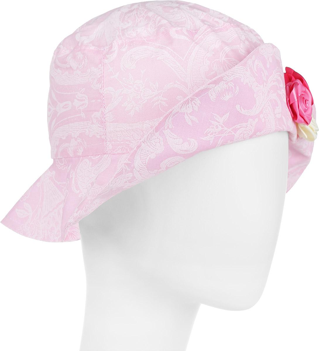 DL772M-22Модная панама для девочки ПриКиндер, изготовленная из натурального хлопка, идеально подойдет вашей маленькой принцессе в теплое время года и защитит голову от палящего солнца. Панама с широкими полями оформлена цветочным принтом. Спереди модель дополнена декоративным пристроченным отворотом и украшена атласными розами. Сзади расположена эластичная резинка, обеспечивающая удобную посадку и надежную фиксацию панамы на голове ребенка. Такая панама станет оригинальным и стильным предметом детского гардероба, в ней ваша малышка всегда будет в центре внимания. Уважаемые клиенты! Размер, доступный для заказа, является обхватом головы.