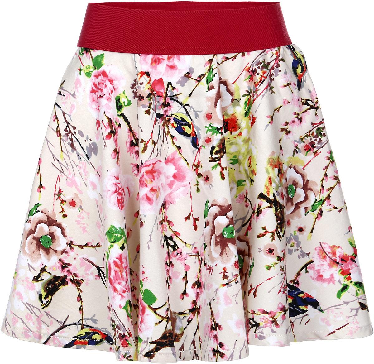 SS161G422-5Яркая юбка для девочки Nota Bene идеально подойдет вашей моднице и станет отличным дополнением к летнему гардеробу. Изготовленная из эластичного хлопка с добавлением полиэстера, она мягкая и приятная на ощупь, не сковывает движения и позволяет коже дышать, не раздражает нежную кожу ребенка, обеспечивая наибольший комфорт. Модель на поясе имеет широкую эластичную резинку, благодаря чему юбка не сползает и не сдавливает животик ребенка. Юбка-солнце средней длины украшена крупным цветочным принтом. В такой модной юбке ваша принцесса будет чувствовать себя комфортно, уютно и всегда будет в центре внимания!