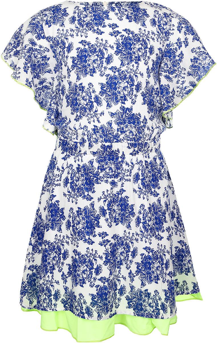 Платье для девочки. SS162G05-10SS162G05-10Оригинальное платье для девочки Nota Bene станет ярким дополнением к гардеробу маленькой модницы. Платье на подкладке изготовлено из мягкой вискозы, приятное на ощупь, не сковывает движения и хорошо пропускает воздух. Платье с круглым вырезом горловины и короткими рукавами-крылышками застегивается по спинке на молнию. По линии талии модель присборена на широкую резинку и дополнена вшитым поясом контрастного цвета. Изделие оформлено цветочным принтом. Низ платья украшен контрастной оборкой. В таком платье маленькая принцесса всегда будет в центре внимания!