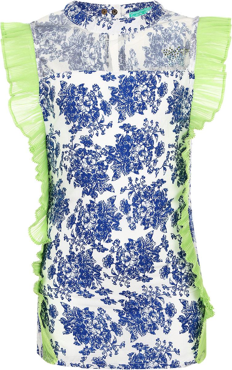 Блузка для девочки. SS162G294-14SS162G294-14Красивая блузка для девочки Nota Bene, выполненная из хлопка и полиэстера, станет отличным дополнением к гардеробу юной модницы. Изделие мягкое и приятное к телу, не сковывает движения и хорошо пропускает воздух, обеспечивая наибольший комфорт. Блузка с круглым вырезом горловины застегивается сзади на кнопки. Спереди модель дополнена вставкой из мягкой микросетки, украшенной аппликацией из стразов в виде бабочки. По бокам предусмотрены небольшие разрезы. Блузка оформлена цветочным принтом, декорирована оборкой из гофрированной ткани контрастного цвета. Блузка отлично сочетается с юбками и брюками. В ней ваша принцесса всегда будет в центре внимания!