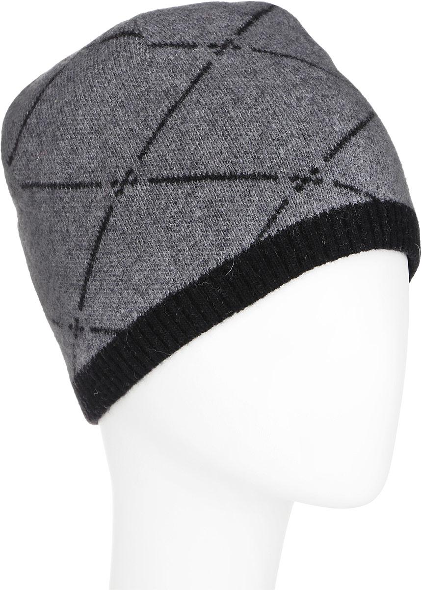 ШапкаA16-22131_101Стильная мужская шапка Finn Flare отлично дополнит ваш образ в холодную погоду. Сочетание шерсти и полиамида максимально сохраняет тепло и обеспечивает удобную посадку. Модель дополнена теплой подкладкой из флиса. Шапка оформлена принтом в ромбик и металлической эмблемой с логотипом производителя. Понизу предусмотрена узкая вязаная резинка. Такая модель комфортна и приятна на ощупь, она великолепно подчеркнет ваш вкус.