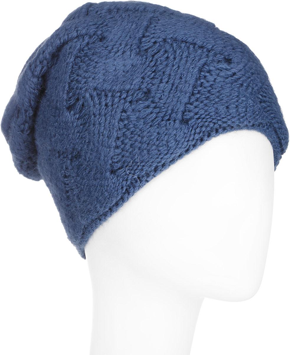 ШапкаA16-11154_711Стильная женская шапка Finn Flare дополнит ваш наряд и не позволит вам замерзнуть в холодное время года. Шапка выполнена из высококачественной комбинированной пряжи, что позволяет ей великолепно сохранять тепло и обеспечивает высокую эластичность и удобство посадки. Изделие дополнено теплой подкладкой. Модель с удлиненной макушкой оформлена оригинальным узором и металлической эмблемой с логотипом производителя. Такая шапка станет модным и стильным дополнением вашего гардероба. Она согреет вас и позволит подчеркнуть свою индивидуальность!