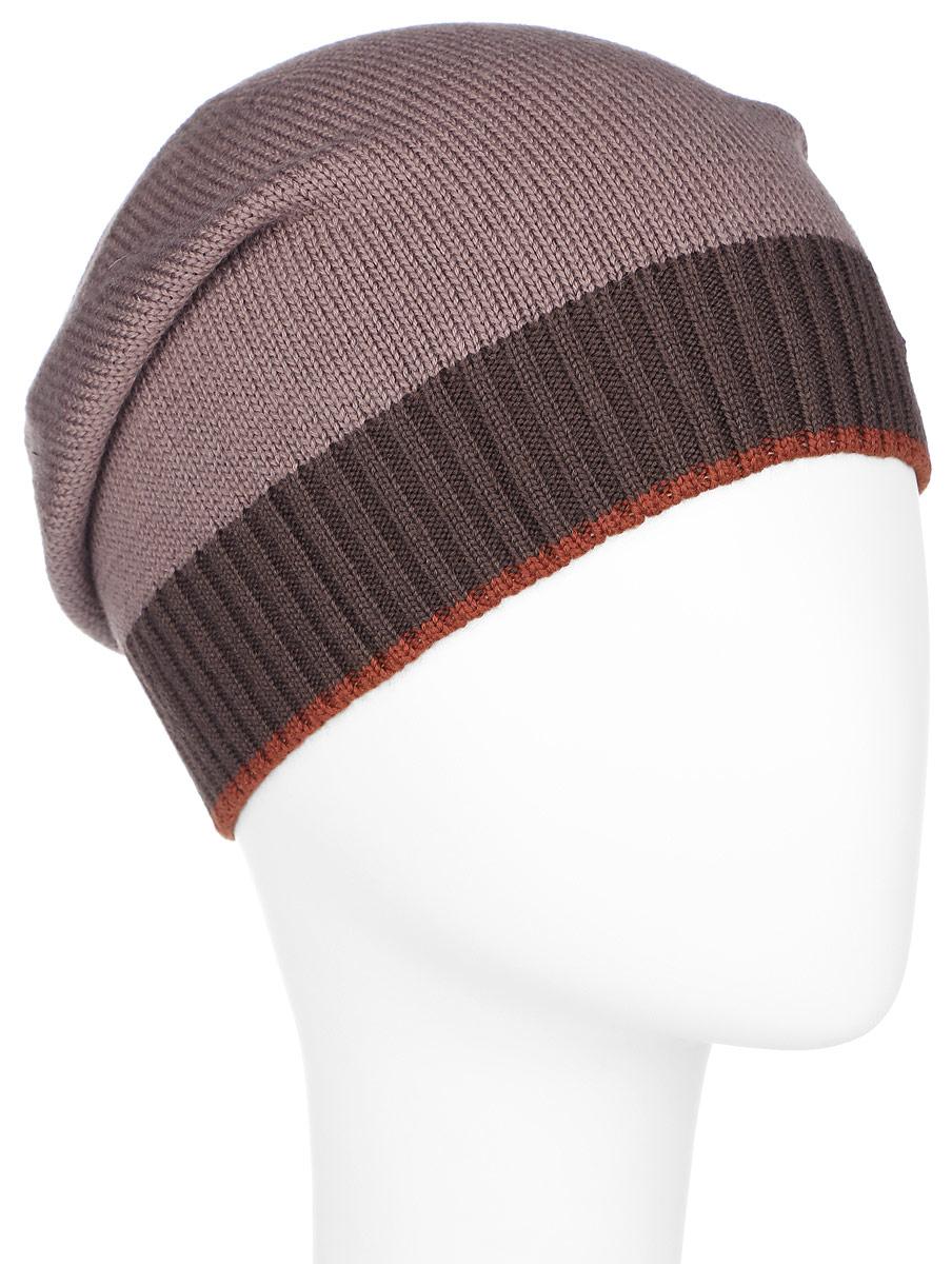 Шапка мужская. A16-21158A16-21158_606Стильная мужская шапка Finn Flare отлично дополнит ваш образ в холодную погоду. Сочетание шерсти и акрила максимально сохраняет тепло и обеспечивает удобную посадку. Шапка оформлена металлической эмблемой с логотипом производителя. Понизу предусмотрена неширокая вязаная резинка, выполненная в контрастных цветах. Такая модель комфортна и приятна на ощупь, она великолепно подчеркнет ваш вкус.