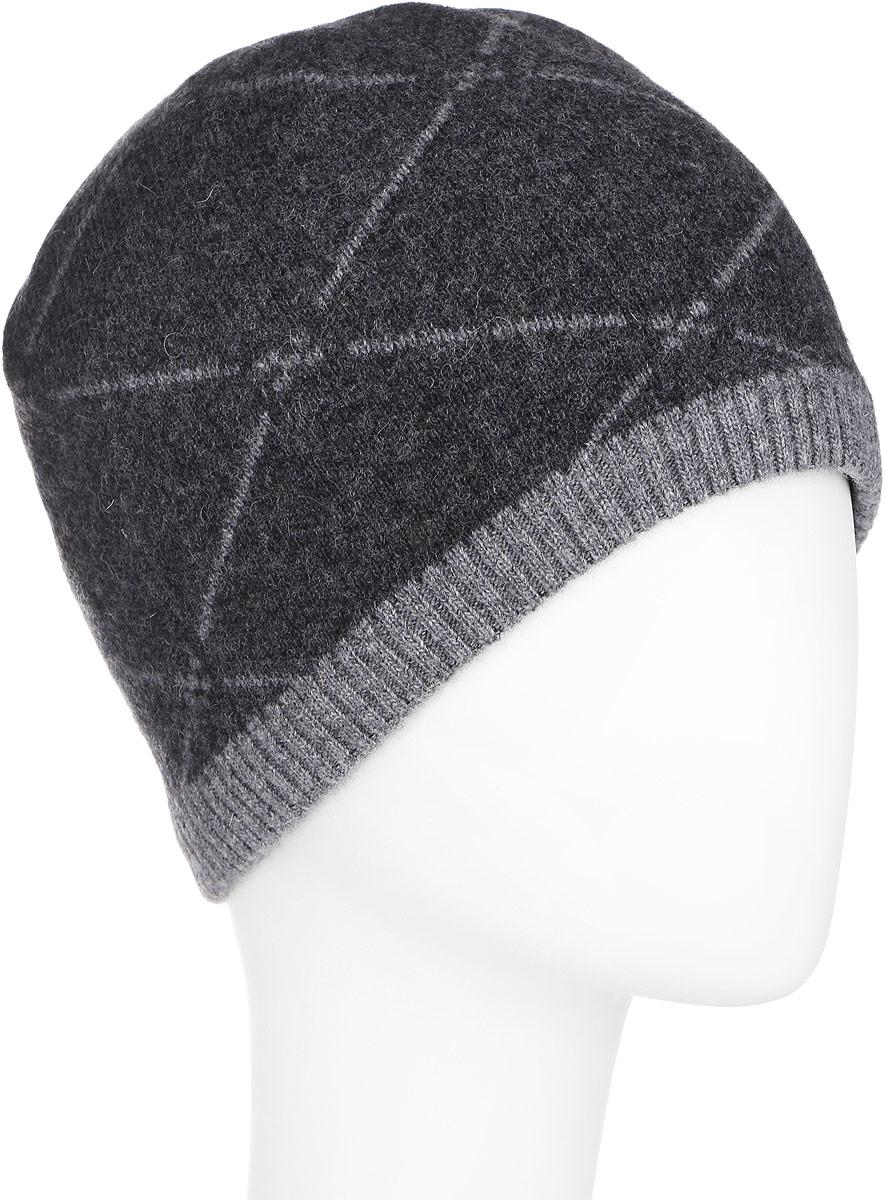 Шапка мужская. A16-22131A16-22131_101Стильная мужская шапка Finn Flare отлично дополнит ваш образ в холодную погоду. Сочетание шерсти и полиамида максимально сохраняет тепло и обеспечивает удобную посадку. Модель дополнена теплой подкладкой из флиса. Шапка оформлена принтом в ромбик и металлической эмблемой с логотипом производителя. Понизу предусмотрена узкая вязаная резинка. Такая модель комфортна и приятна на ощупь, она великолепно подчеркнет ваш вкус.