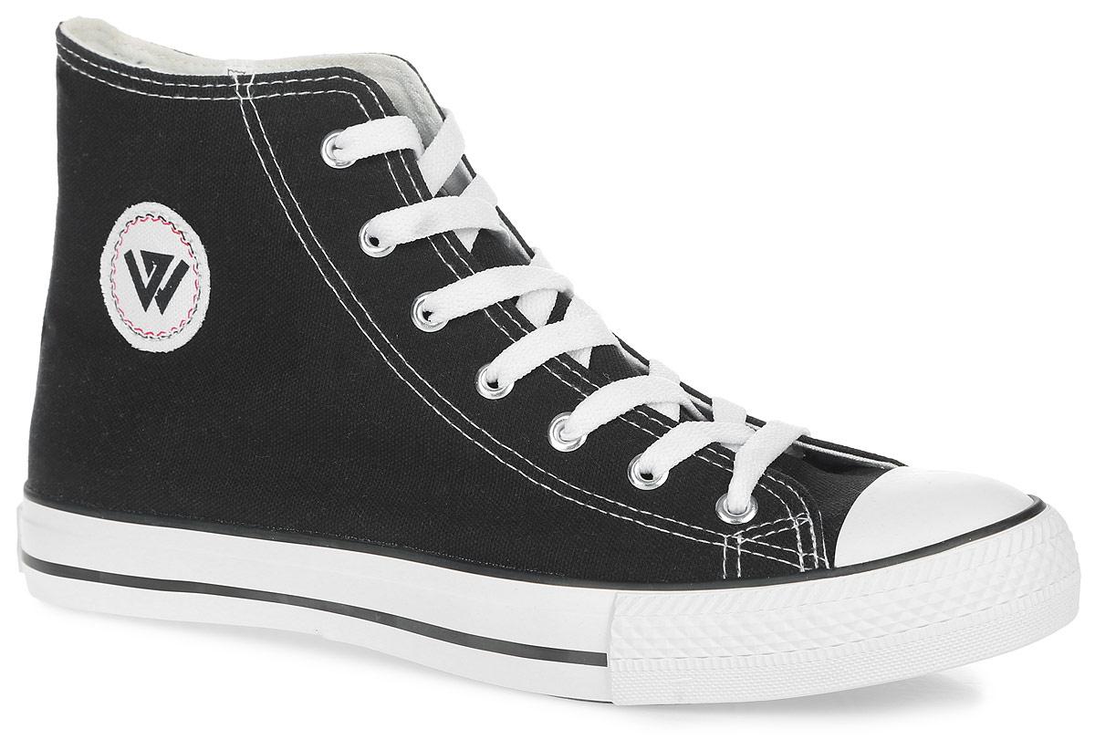 2149880Высокие мужские кеды от Beppi покорят вас с первого взгляда! Модель, выполненная из текстиля, оформлена на подошве контрастными полосками, сбоку - металлическими люверсами и фирменной нашивкой. Мыс модели защищен прорезиненной вставкой. Классическая шнуровка обеспечивает надежную фиксацию обуви на ноге. Подкладка из текстиля и стелька из материала ЭВА с текстильной поверхностью гарантируют комфорт при движении. Прочная резиновая подошва с рельефным рисунком обеспечивает сцепление с любой поверхностью. Такие кеды займут достойное место в вашем гардеробе.