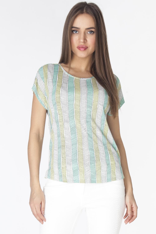 Футболка женская. LFV6198LFV6198Стильная футболка полуприлегающего силуэта, с маленьким цельнокроеным рукавом, спущенным плечом и круглой горловиной. Модель выполнена из хлопкового полотна с с растительным узором.