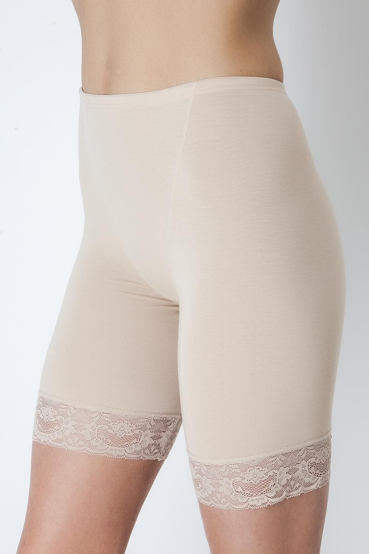 Трусы-панталоны женские. LHP1010LHP1010Панталоны из высококачественного бамбука с эластаном, с нежным кружевом по ножке изделия.