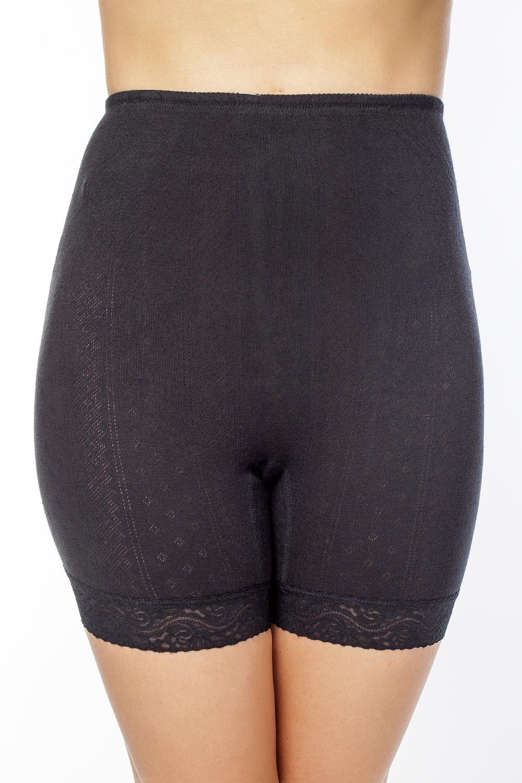 LHP1003MЭлегантные панталоны Vis-A-Vis подчеркнут вашу женственность и уникальный вкус. Панталоны завышенной посадки выполнены из высококачественного натурального хлопка, что позволяет им создавать неповторимое ощущение комфорта и удобства. Комфортные эластичные швы приятны к телу и не раздражают кожу. Изделие выполнено из ажурного хлопкового полотна и дополнено кружевными лентами по низу. Панталоны подтягивают и корректируют фигуру, удобно сидят, не стесняют движений и совершенно незаметны под одеждой, что обеспечивает наибольшее удобство при носке. Они позволят вам чувствовать себя комфортно в любое время и подчеркнут ваше очарование и привлекательность.