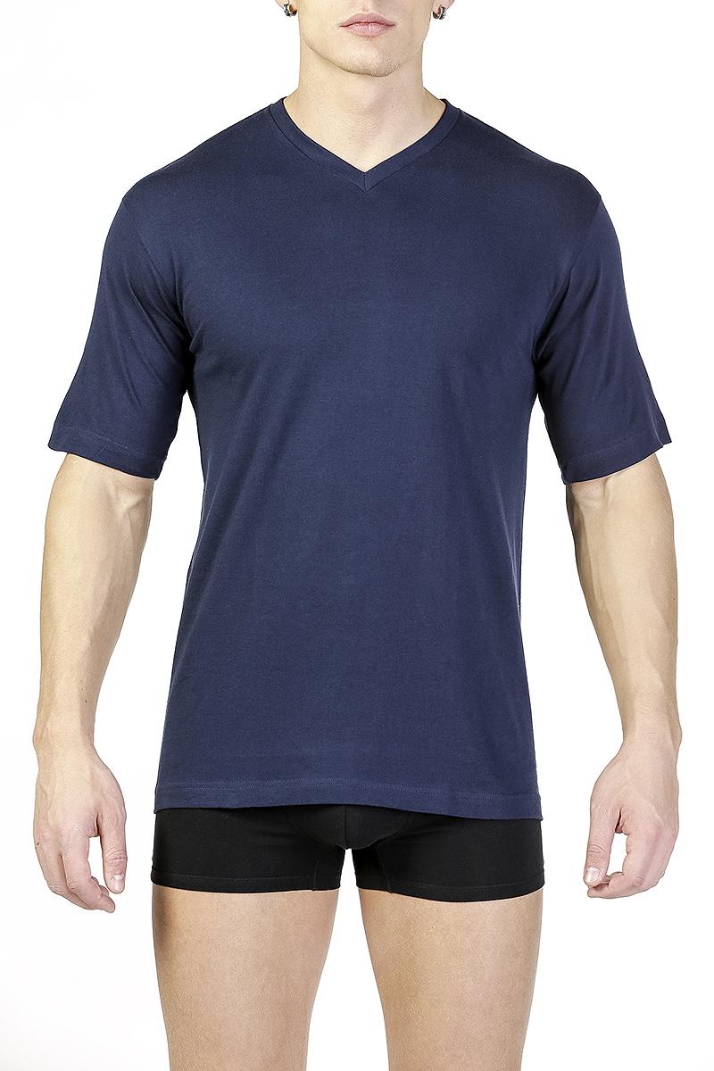 Футболка мужская. TMF102TMF102Футболка с V-образным вырезом, полуприлегающего силуэта. Рекомендуется в качестве нижнего белья под изделия с V-образным вырезом или в качестве домашней одежды. В 2х ростах: В, С