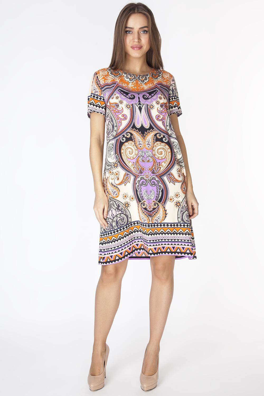 D3206Эффектное платье свободного силуэта длиной выше колена с короткими рукавами. Модель выполнена из вискозной ткани с абстрактным принтом.