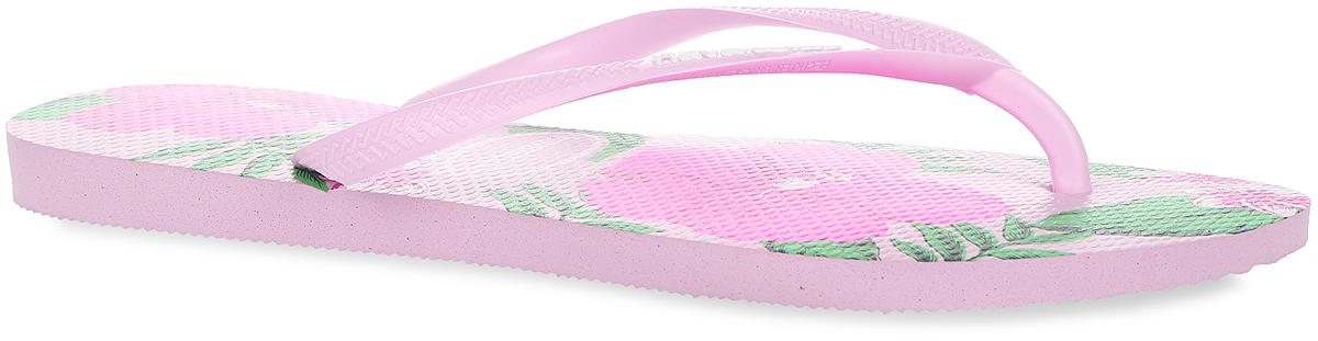 Сланцы4129848-1141Модные сланцы Slim Floral от Havaianas придутся вам по душе. Верх модели, выполненный из резины, оформлен рельефным орнаментом и названием бренда. Ремешки с перемычкой гарантируют надежную фиксацию модели на ноге. Подошва выполнена из материала ЭВА. Верхняя поверхность подошвы оформлена цветочным принтом. Рифление на верхней поверхности подошвы предотвращает выскальзывание ноги. Рельефное основание подошвы обеспечивает уверенное сцепление с любой поверхностью. Удобные сланцы прекрасно подойдут для похода в бассейн или на пляж.