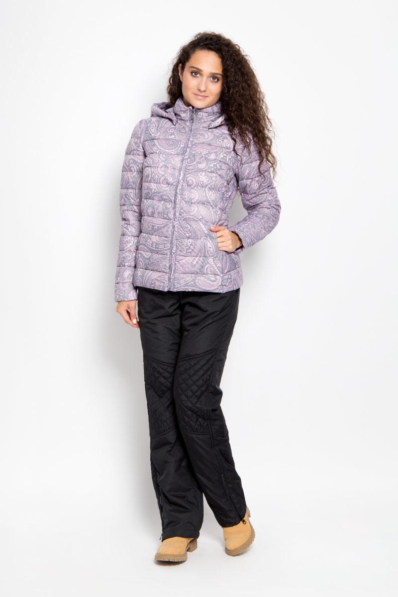 КурткаA16-12020_205Удобная женская куртка Finn Flare согреет вас в прохладную погоду и позволит выделиться из толпы. Модель с длинными рукавами и высоким воротником-стойкой выполнена из прочного нейлона, застегивается на молнию спереди. Куртка имеет съемный капюшон на кнопках, объем которого регулируется при помощи шнурка-кулиски со стопперами. Изделие оформлено оригинальным контрастным орнаментом и дополнено двумя втачными карманами на молниях. Плотный наполнитель из синтепона надежно сохранит тепло, благодаря чему такая куртка защитит вас от ветра и холода. Эта модная и в то же время комфортная куртка - отличный вариант для прогулок, она подчеркнет ваш изысканный вкус и поможет создать неповторимый образ.