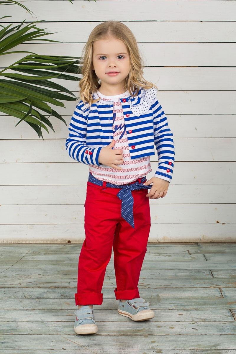 Брюки для девочки Baby. 195223195223Стильные брюки для девочки Sweet Berry Baby идеально подойдут маленькой принцессе. Изготовленные из натурального хлопка, они мягкие и приятные на ощупь, не сковывают движения и позволяют коже дышать, обеспечивая наибольший комфорт. Модель на талии застегивается на металлический крючок и имеет ширинку на застежке-молнии, а также шлевки для ремня. С внутренней стороны пояс регулируется скрытой резинкой на пуговицах. Брюки имеют классический пятикарманный крой: спереди - два втачных кармана и один маленький накладной, а сзади - два накладных кармана. Современный дизайн и яркая расцветка делают эти брюки модным предметом детской одежды. В них ребенок всегда будет в центре внимания! В комплект входит текстильный поясок, оформленный принтом в мелкий горошек.
