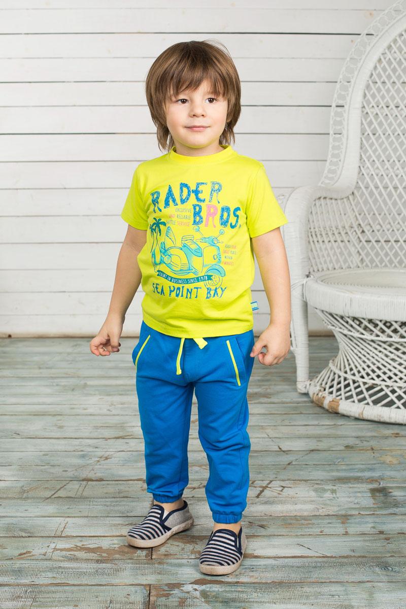 Брюки спортивные для мальчика Baby. 196148196148Спортивные брюки для мальчика Sweet Berry Baby идеально подойдут вашему ребенку для отдыха и прогулок. Изготовленные из эластичного хлопка, они мягкие и приятные на ощупь, не сковывают движения и хорошо пропускают воздух. Брюки на талии имеют широкую трикотажную резинку, регулируемую скрытым шнурком. Спереди расположены два втачных кармана, оформленные контрастными вставками. Имеется имитация ширинки. Снизу брючины присборены на мягкие эластичные резинки. Современный дизайн и расцветка делают эти брюки стильным предметом детского гардероба, в них ребенку будет удобно и комфортно.