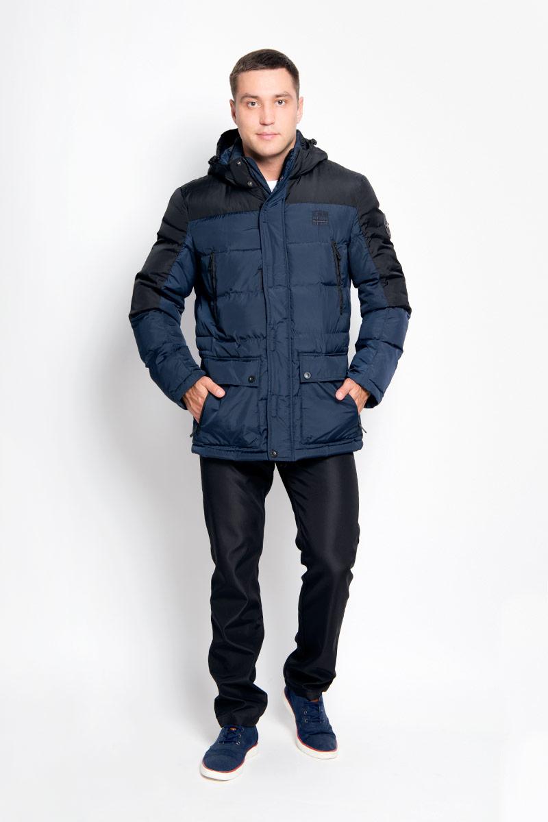A16-42000_101Стильная мужская куртка Finn Flare превосходно подойдет для холодных дней. Куртка выполнена из полиэстера, она отлично защищает от дождя, снега и ветра, а наполнитель из синтепона превосходно сохраняет тепло. Модель с длинными рукавами и воротником-стойкой застегивается на застежку-молнию и имеет ветрозащитный клапана на липучках и кнопках спереди. Съемный капюшон фиксируется при помощи кнопок, его объем регулируется шнурком-кулиской. Изделие дополнено двумя накладными карманами на клапанах с кнопками и четырьмя втачными нагрудными карманами на кнопках, а также внутренним карманом на липучке, карманом на застежке-молнии и карманом на пуговице. Рукава дополнены внутренними трикотажными манжетами. Объем талии куртки регулируется при помощи шнурка-кулиски. Эта модная и в то же время комфортная куртка согреет вас в холодное время года и отлично подойдет как для прогулок, так и для активного отдыха.