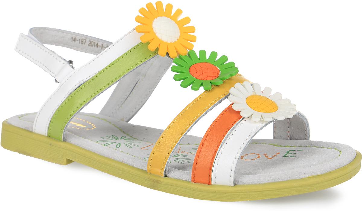 187Прелестные сандалии от Аллигаша придутся по душе вашей девочке и идеально подойдут для повседневной носки в летнюю погоду! Модель, выполненная из натуральной кожи, оформлена на подъеме декоративными цветочками из ПВХ. Ремешок с застежкой-липучкой обеспечивает надежную фиксацию модели на ноге. Внутренняя поверхность и стелька из натуральной кожи комфортны при ходьбе. Стелька дополнена супинатором, который обеспечивает правильное положение стопы ребенка при ходьбе и предотвращает плоскостопие. Подошва с рифлением гарантирует отличное сцепление с любой поверхностью. Стильные сандалии - незаменимая вещь в гардеробе каждой девочки!