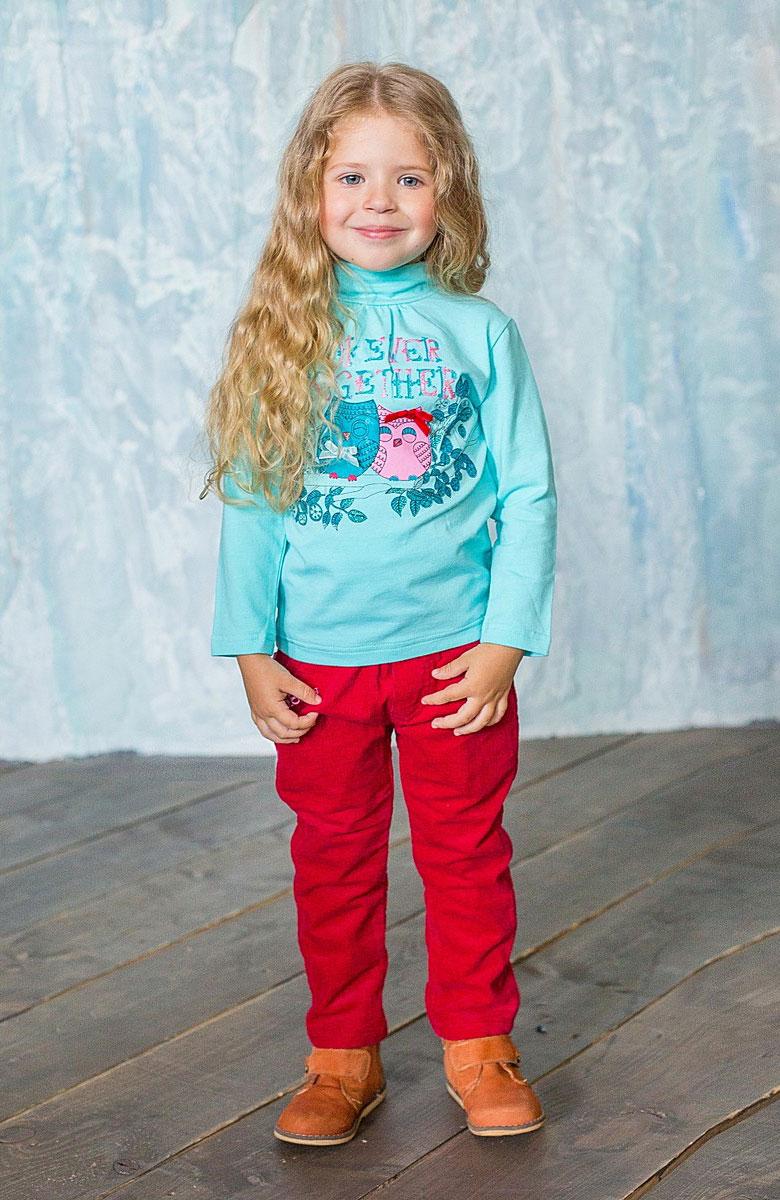 Брюки185204Яркие вельветовые брюки для девочки Sweet Berry Baby идеально подойдут вашей маленькой принцессе и станут отличным дополнением к детскому гардеробу. Брюки с подкладкой изготовлены из натурального хлопка, они необычайно мягкие и приятные на ощупь, не сковывают движения и позволяют коже дышать. Брюки прямого покроя на талии имеют широкую эластичную резинку и шлевки для ремня. Спереди они дополнены двумя втачными кармашками, один из которых украшен вышивкой с наименованием бренда, сзади - двумя накладными карманами. Также имеется имитация ширинки. В таких брюках ваша дочурка будет чувствовать себя комфортно, уютно и всегда будет в центре внимания!
